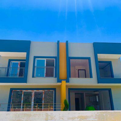 Sahil Sitesinde Satılık 3+1 Sıfır Villa