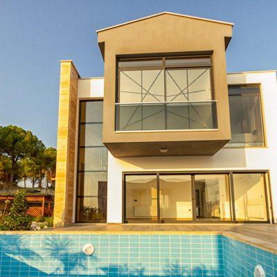 Satılık 4+1 Özel Havuzlu Lüx Villa